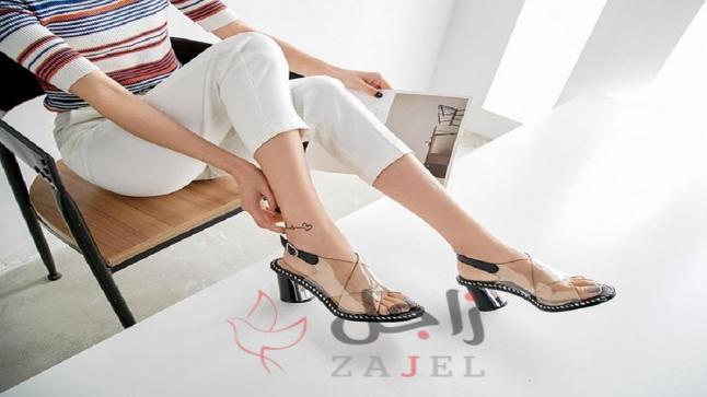 الأحذية الشفافة نجمة شتاء 2020!