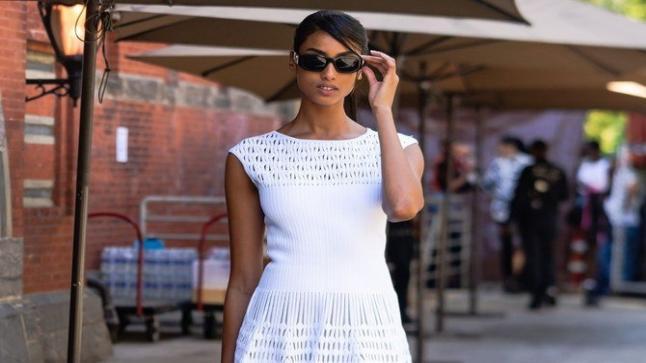 عارضة الأزياء إيمان همام تختتم أسبوع الموضة في نيويورك بأعلى مستوى