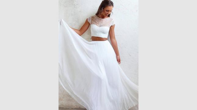 فستان الزفاف ثنائي القطعة أحدث صيحات الموضة