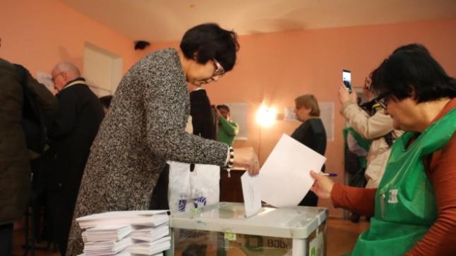 جورجيا تتقدم في الانتخابات المحلية في جورجيا