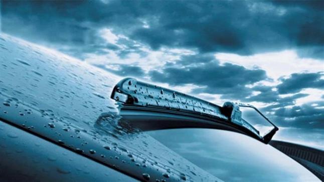 كيف تحافظ على مساحات زجاج سيارتك لأطول فترة من الوقت ؟