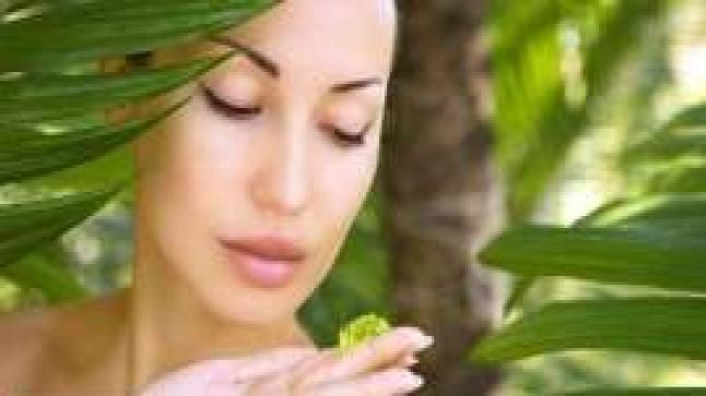 فوائد جل الصبار السحرية للبشرة والشعر