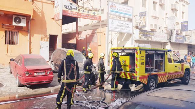 الدفع بـ57 ضابطا و11 آلية للسيطرة على حريق بـ«كراج» سلماباد